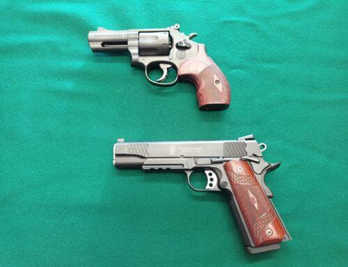 """""""PERFORMANCE CENTER"""" la squadra corse Smith Wesson"""